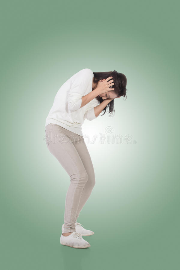 Женщина под нападением стоковые изображения