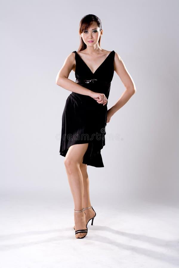 женщина представления элегантности танцы стоковая фотография