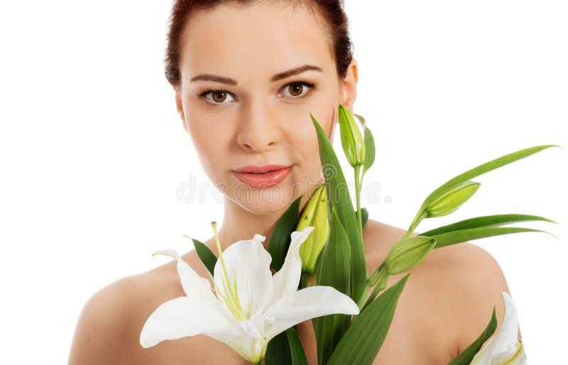 женщина просмотрения s портрета столетия 20 красоток ретроспективная xx Красивая модельная девушка с совершенной свежей чистой ко стоковые изображения rf