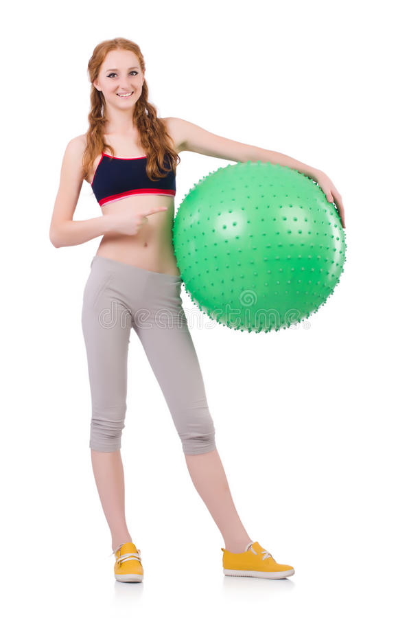 Женщина работая с швейцарским шариком стоковые изображения rf