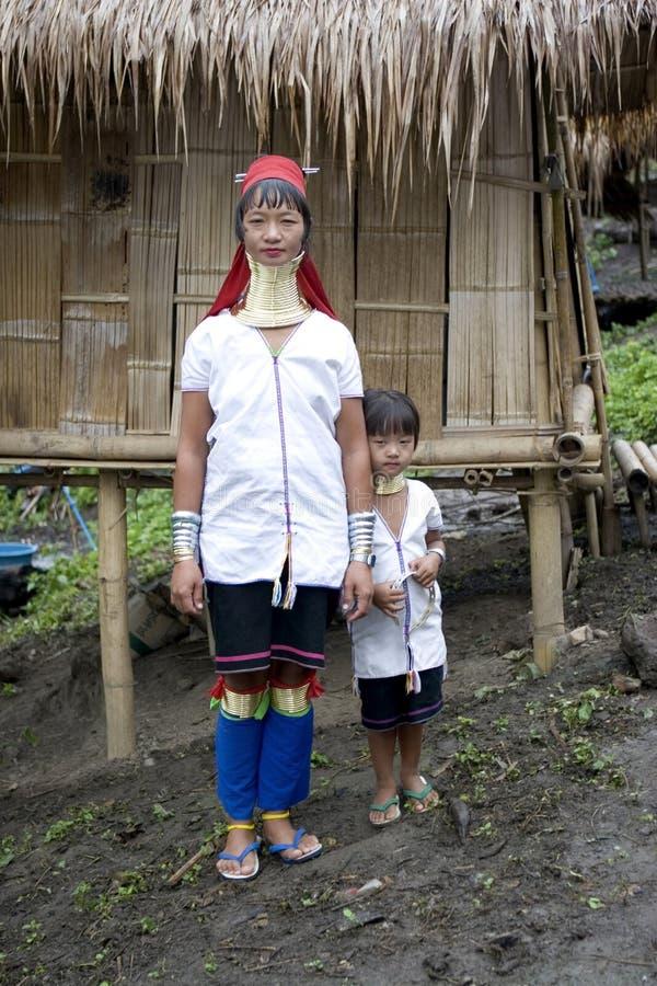 женщина ребенка Азии длинняя necked стоковое изображение
