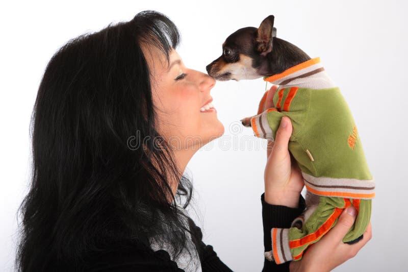 женщина собаки маленькая стоковые изображения rf