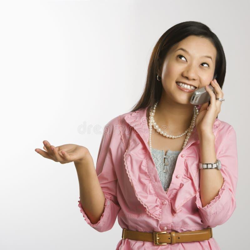 женщина сотового телефона стоковое фото rf