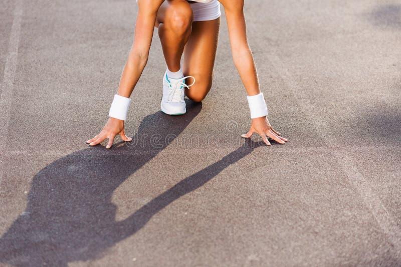 Download Женщина спорта стоковое фото. изображение насчитывающей актеров - 41651124