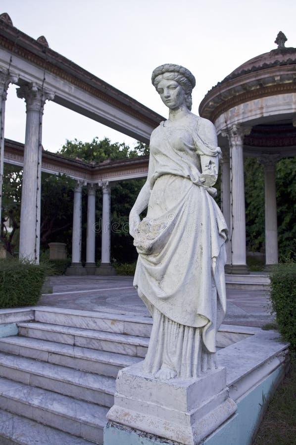 женщина статуи парка стоковое фото rf