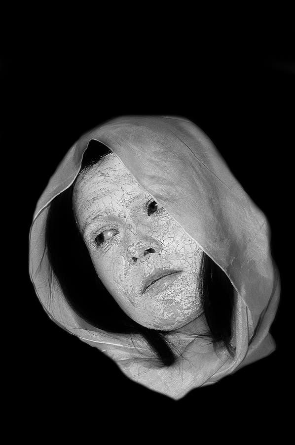 Download женщина стороны земли стоковое изображение. изображение насчитывающей повелительница - 487119