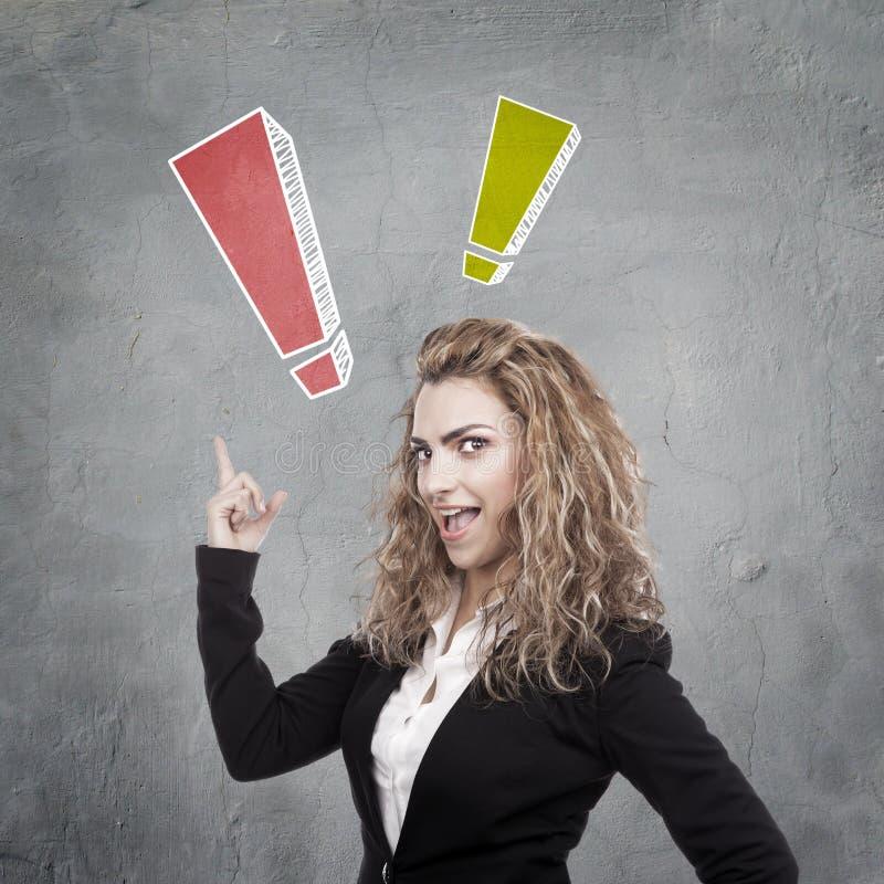 Download Женщина с активными выражениями Стоковое Фото - изображение насчитывающей сторона, красивейшее: 41656432