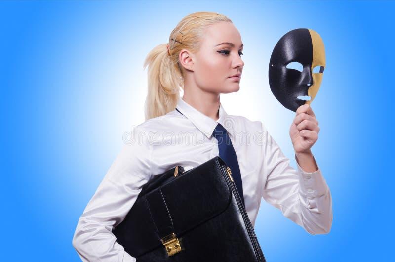 Женщина с маской стоковое фото