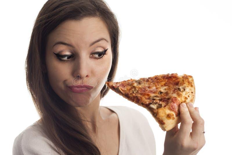 Женщина с пиццей стоковая фотография
