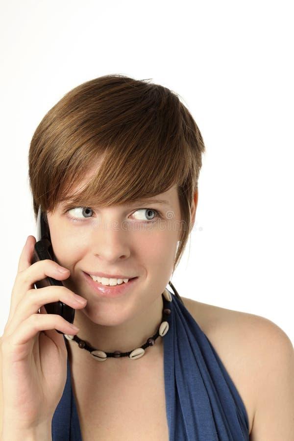 Женщина с сотовым телефоном стоковые изображения rf
