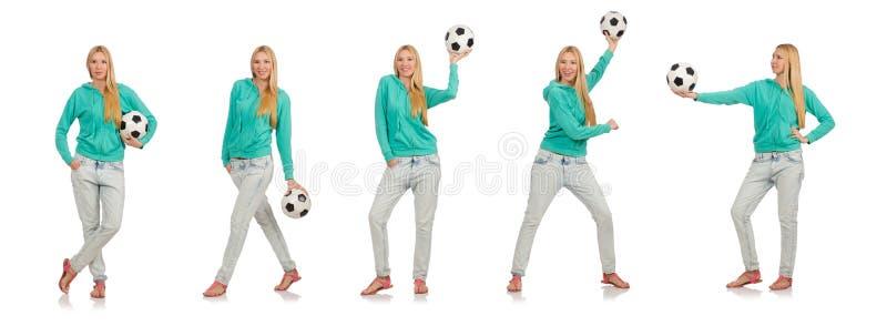 Женщина с футболом на белизне стоковое изображение