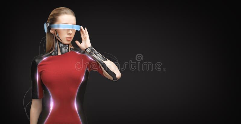 Женщина с футуристическими стеклами и датчиками иллюстрация штока