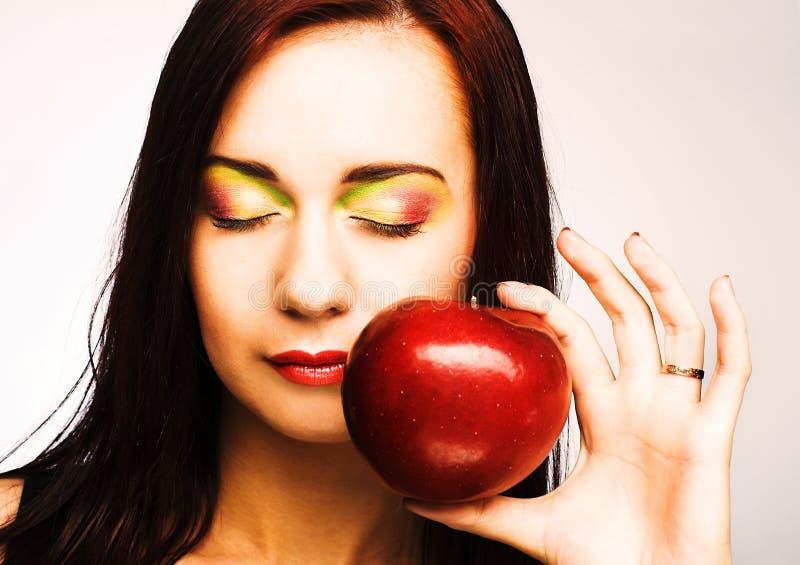 Download Женщина с Apple стоковое изображение. изображение насчитывающей adulteration - 40581957