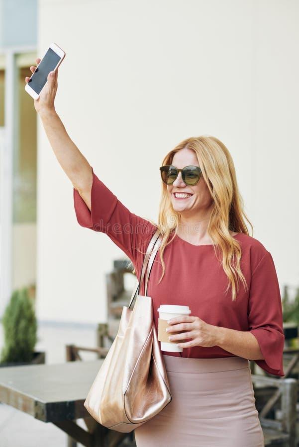 женщина таксомотора задвижек стоковые фото