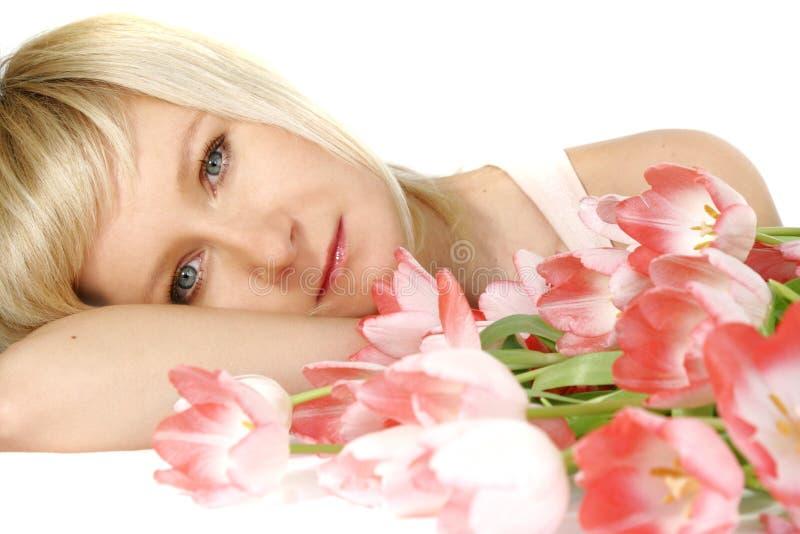 женщина тюльпанов стоковое фото rf