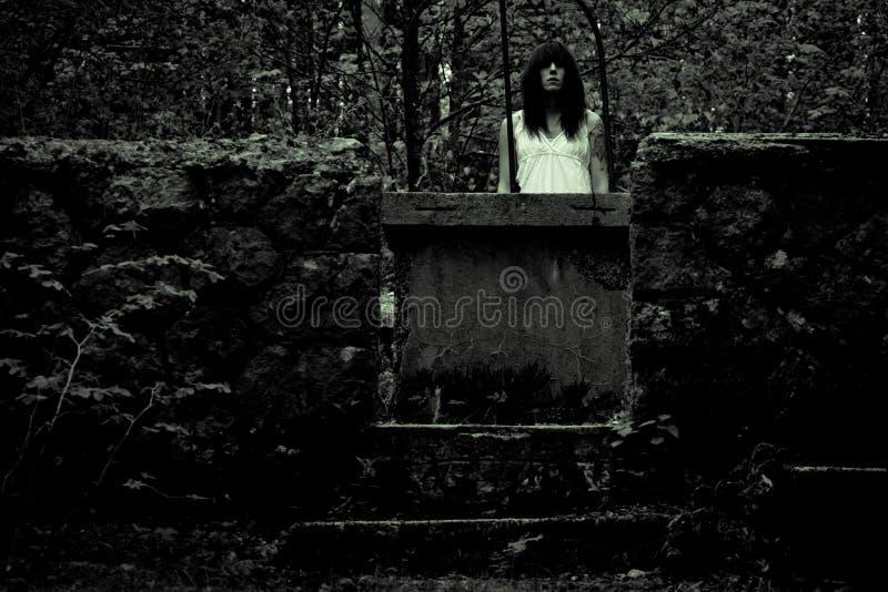 Женщина ужаса страшная стоковое изображение rf