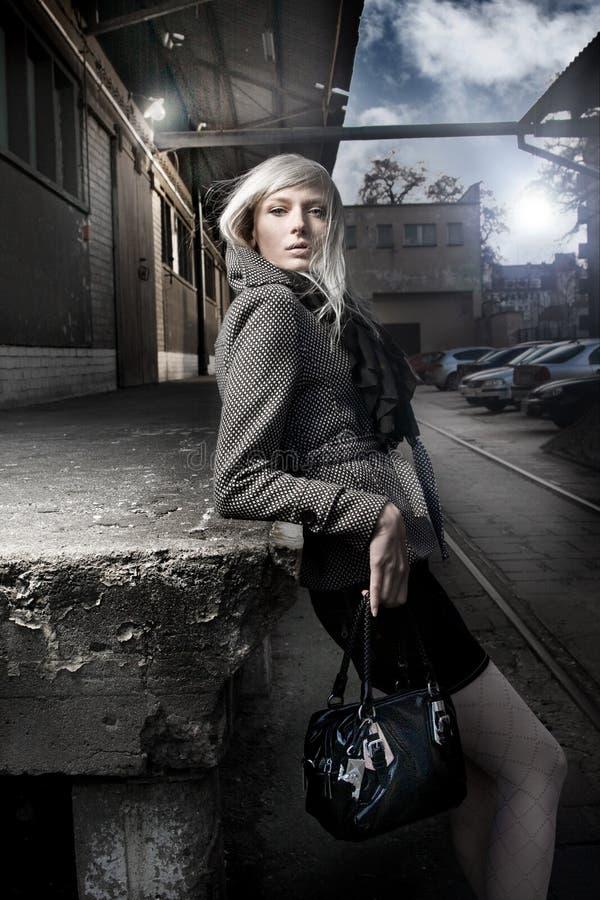 женщина улицы стоковое фото