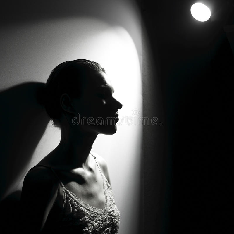 женщина фары стоковая фотография rf