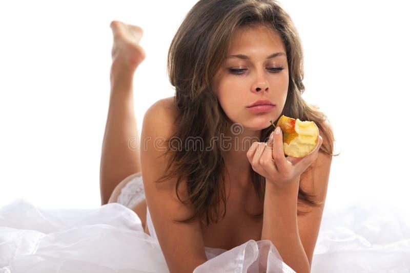 женщина яблока красивейшая стоковые фотографии rf