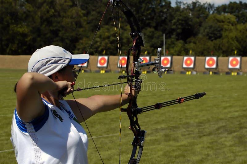 женщина archery стоковая фотография rf