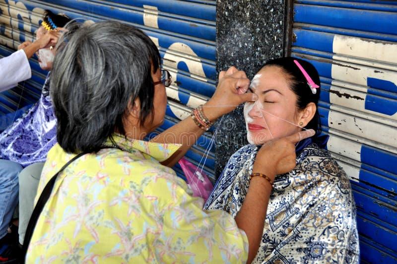 женщина bangkok лицевая получая Таиланда стоковые фото