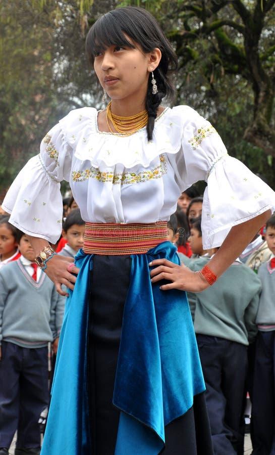 женщина ecuadorian традиционная стоковые фото