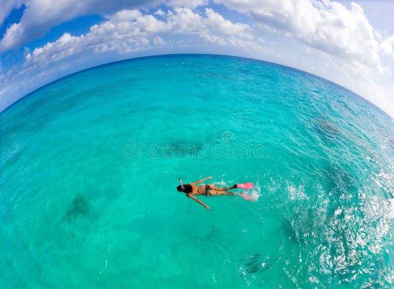 женщина freediver стоковая фотография