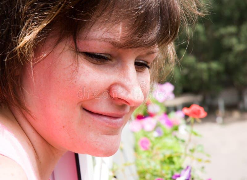 женщина smiley стоковая фотография
