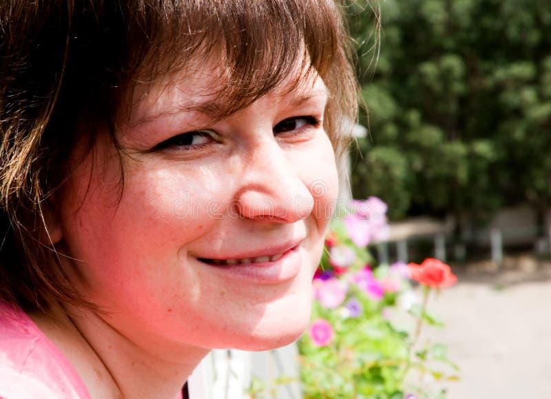 женщина smiley стоковые фотографии rf
