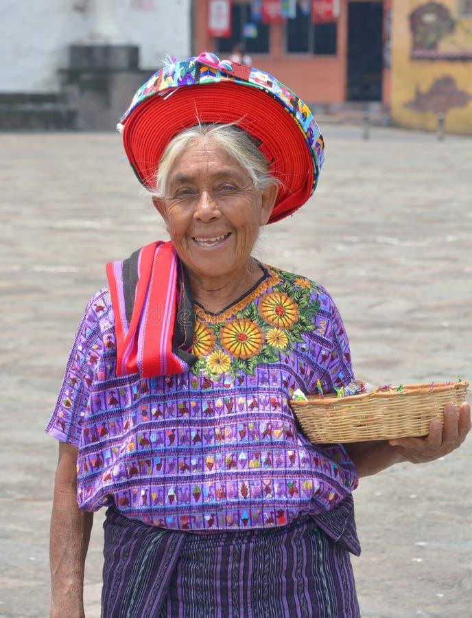 Женщина Tzutujil стоковые фотографии rf