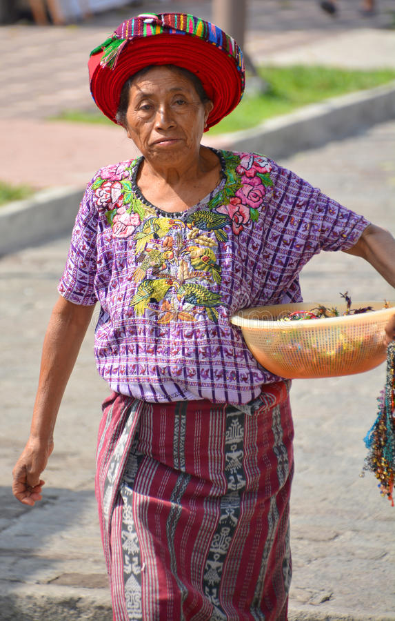 Женщина Tzutujil стоковые изображения