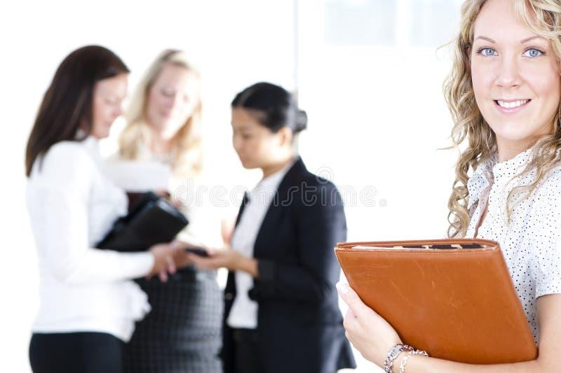 женщины бизнес-группы стоковые изображения rf