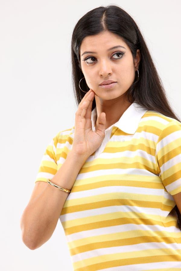 женщины выражения думая стоковая фотография rf