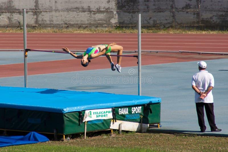 женщины высокого прыжка s стоковая фотография
