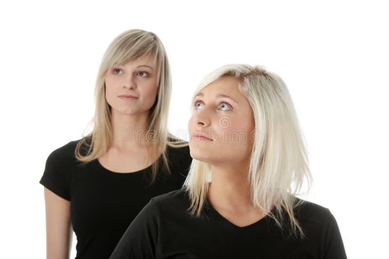 женщины друзей молодые стоковые изображения rf