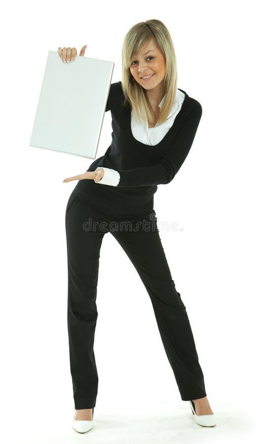 женщины компьтер-книжки молодые стоковая фотография rf