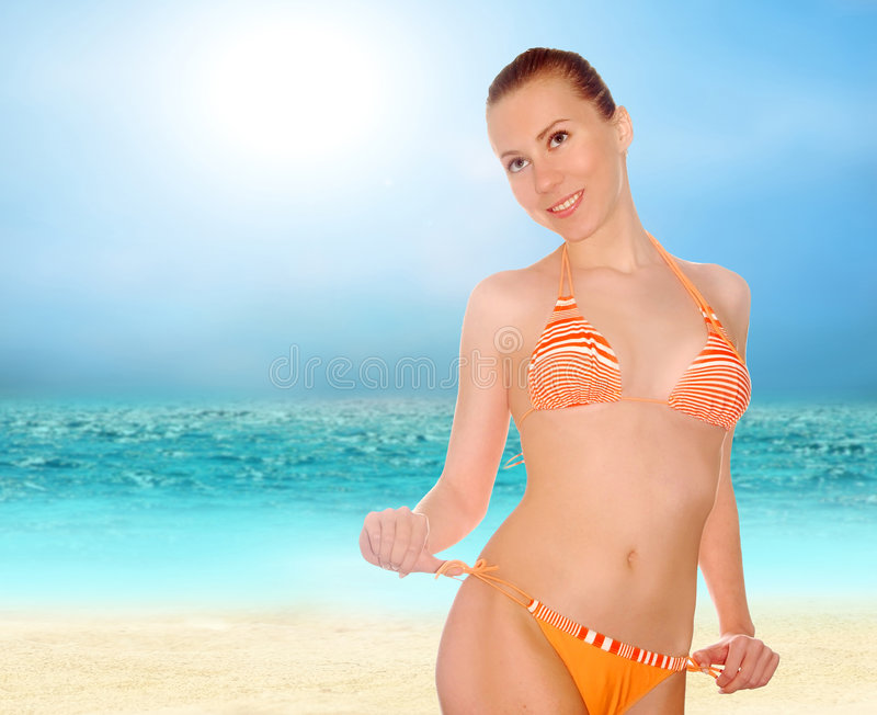 женщины красивейшего bik пляжа солнечные тропические стоковая фотография