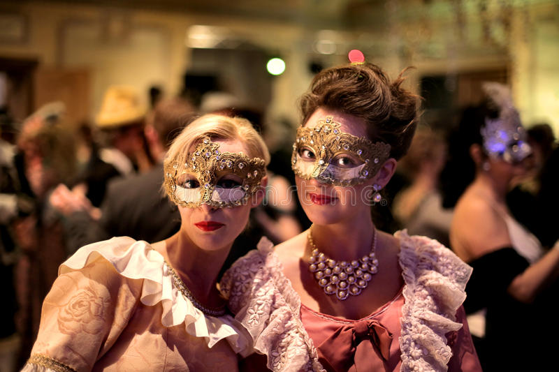 Женщины на партии масленицы стоковое фото rf