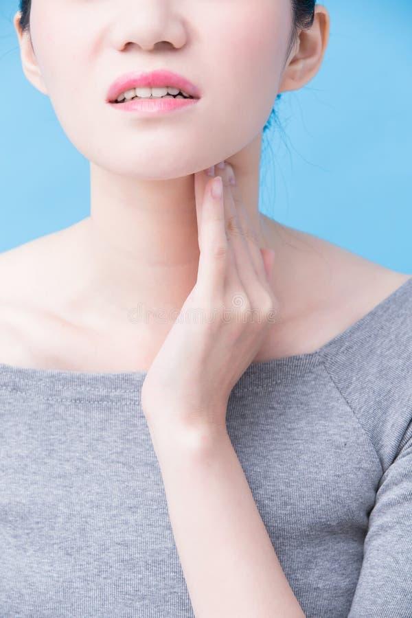 Женщины с проблемой тироидной железы стоковое изображение rf
