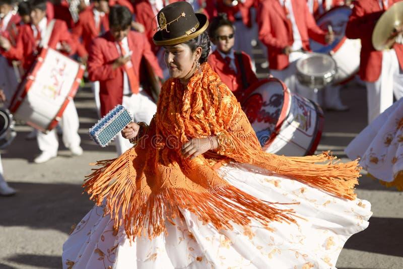 Женщины Aymara танцуя на фестивале del Rosario Virgen в Chucuito, Puno, Перу стоковые фотографии rf