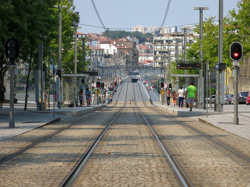 Железная дорога метро в Порту стоковое фото