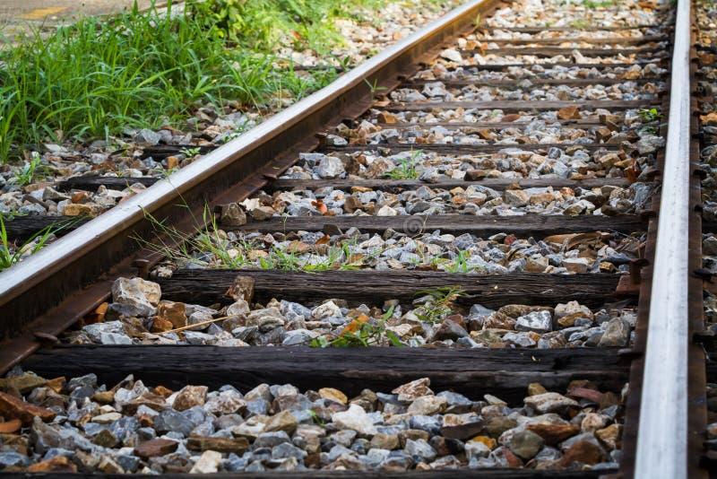 Download железная дорога стоковое фото. изображение насчитывающей рельс - 40591090