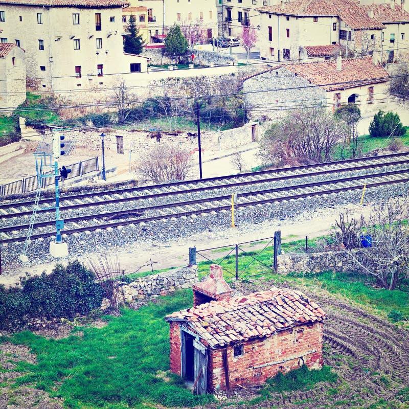 Download железная дорога стоковое изображение. изображение насчитывающей трущоба - 41656865