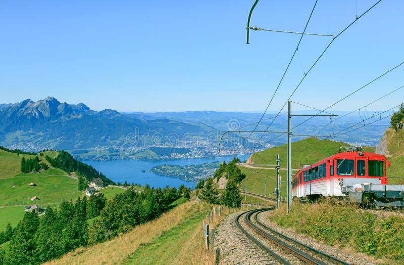 Железная дорога Cogwheel на Mt. Rigi стоковые изображения rf