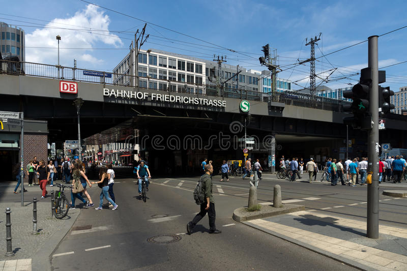 Железнодорожный вокзал Берлина Friedrichstrasse стоковое изображение rf