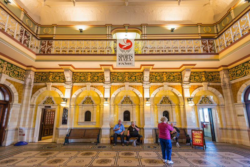 Железнодорожный вокзал Данидина стоковые фотографии rf