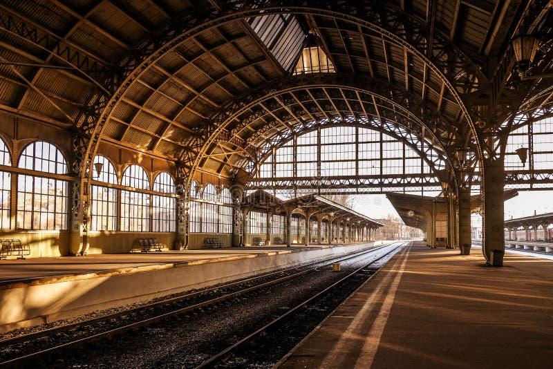 Железнодорожный вокзал Vitebsky во время захода солнца стоковые фото