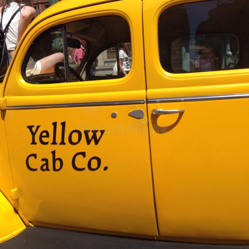 Желтая кабина стоковая фотография rf