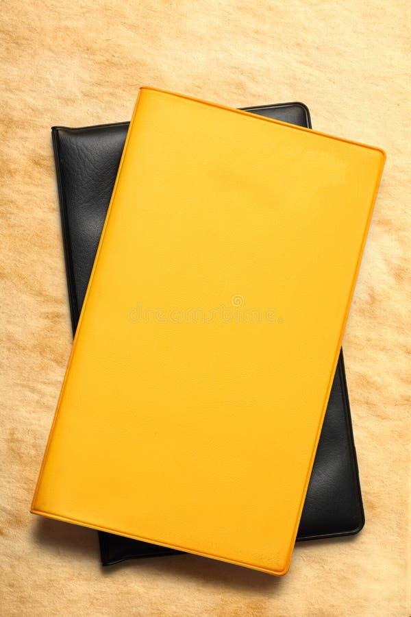 Желтая пустая книга стоковые изображения rf