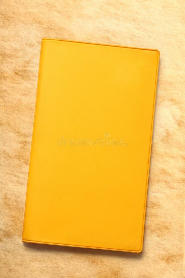 Желтая пустая книга стоковая фотография rf